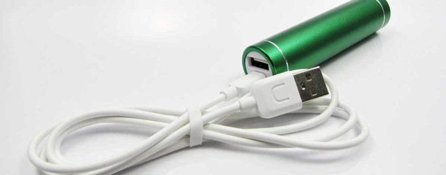5V-usb-power-bank-green-charging-mode