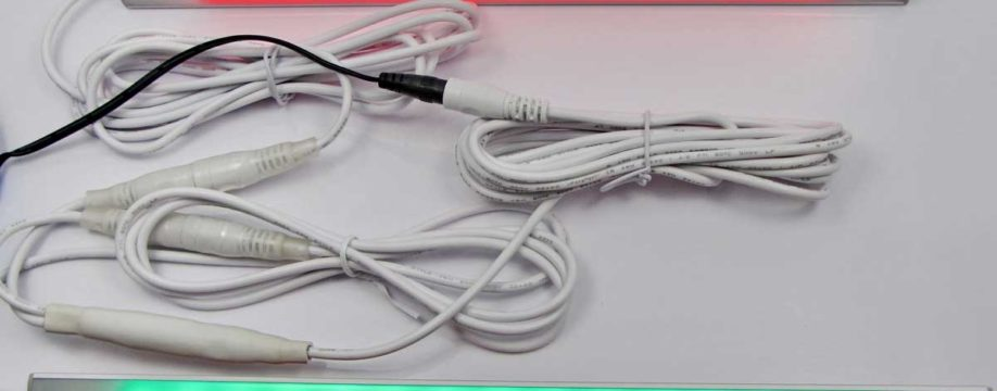 get-fishing-tinny-lights-and-cables-red-green